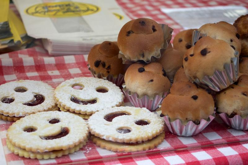 Vegane Spitzbuben und Muffins von Tofulino